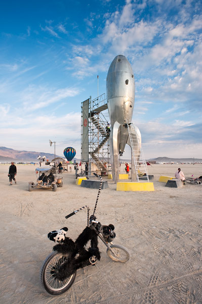 Photo by Scott Haefner: Raygun Gothic Rocket