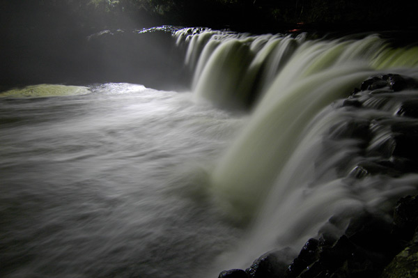 Photo by Scott Haefner: Haruru Falls